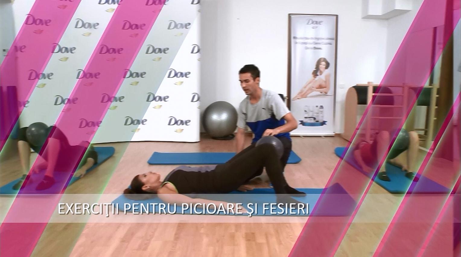 Antrenament la sala: 7 exercitii pentru picioare si abdomen