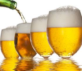 Diete sănătoase. Află cum poți slăbi ușor dacă... bei bere!