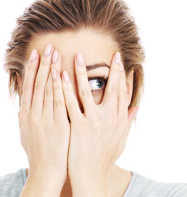 Anxietate socială: cum se manifestă și cum poate fi tratată - Clinica Oana Nicolau