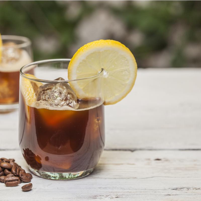 3 băuturi mai eficiente decât apa cu lămâie pentru slăbit