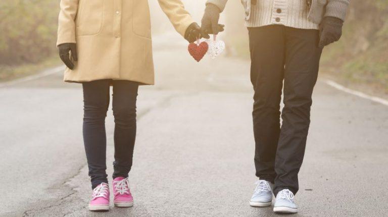 Mersul pe jos - beneficii pentru inimă, siluetă și articulații
