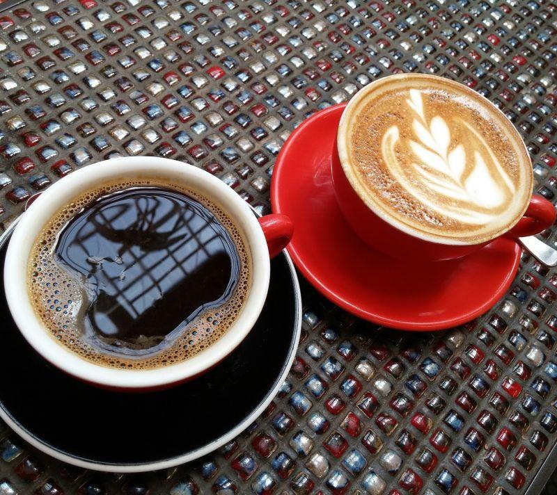 este cafeaua neagră pierde în greutate)