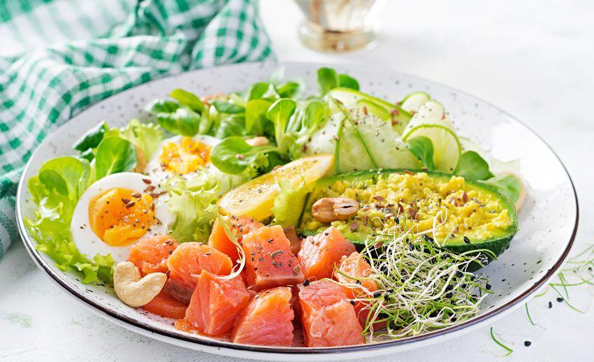salate care te ajuta sa slabesti)