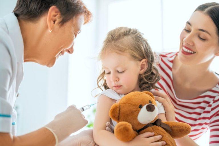Vaccinul universal care asigură protecție pe viață ar putea lua locul vaccinului gripal anual