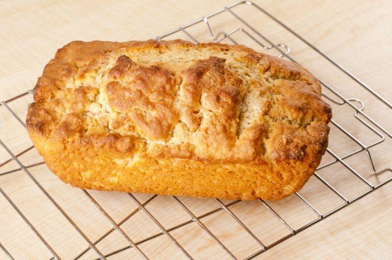 Pâine cu bere în loc de drojdie. Rețeta simplă, fără frământare și dospire