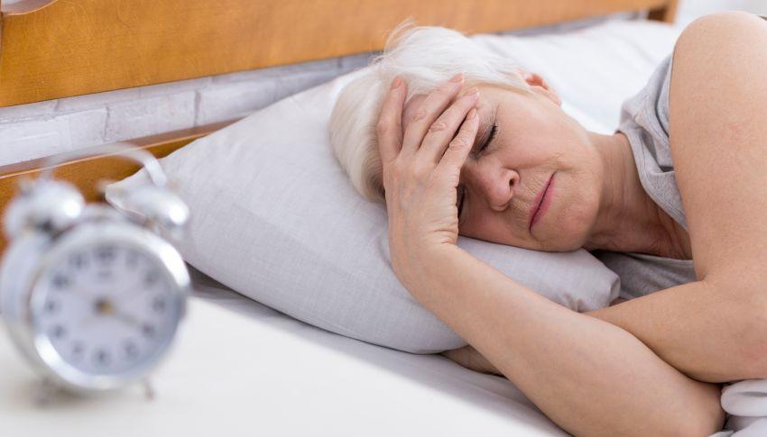 Insomnia – Ce este, cum se manifestă și cum o combatem