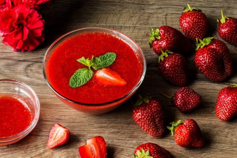 Sos de căpșuni delicios - rețeta simplă, din 4 ingrediente